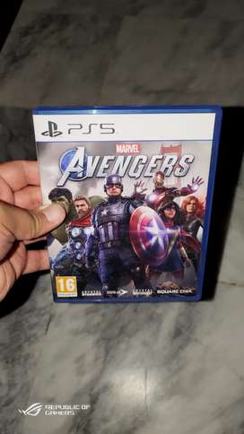 Avengers PS5 disc region 2 brand new just opened