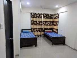 No brokrage male pg fully furnished 5199  near station borivali w