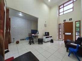 Hot Sale ! Dijual rumah siap huni nyaman di Oriana Permata, Bintaro