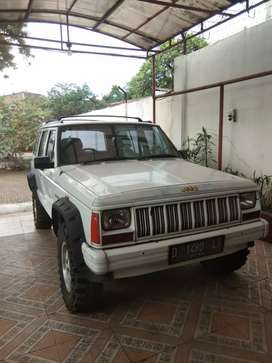 Jeep cherokee limited country 4x4
