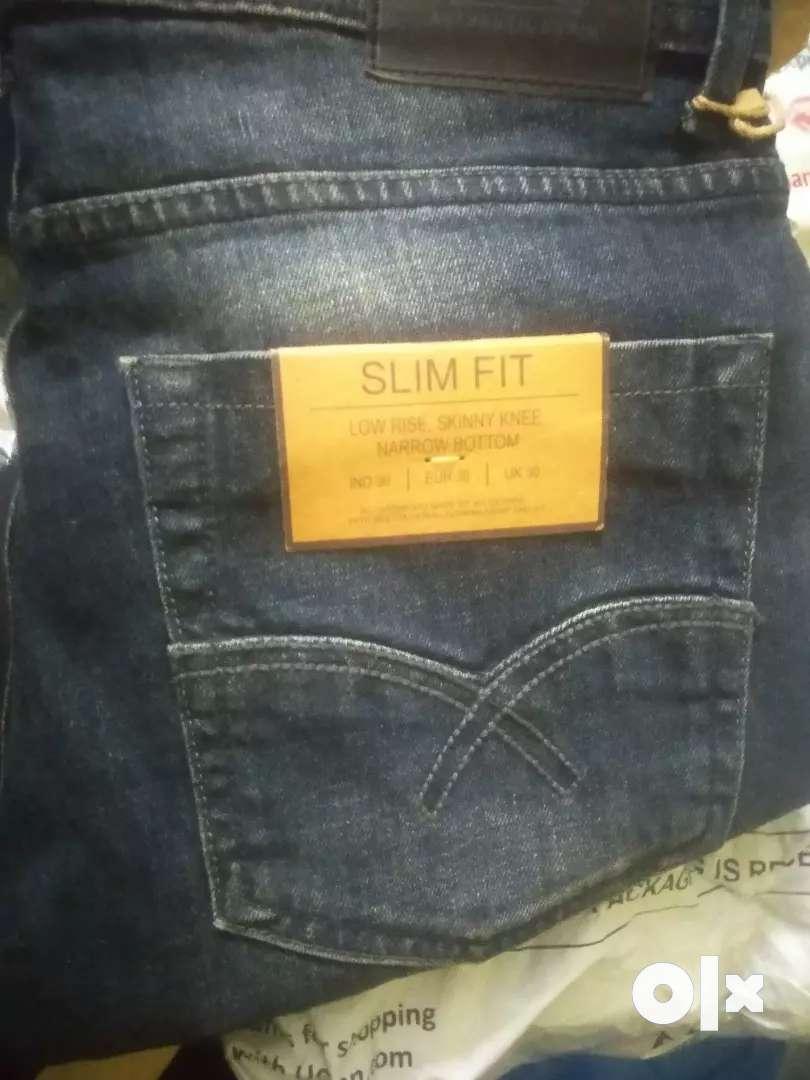 Mens wear shop ka all stock bechna hai 450000 me 0