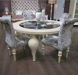 Lemari pajangan mimbar kursi makan