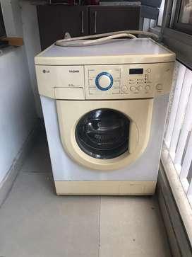LG Tromm fully automatic washing machine