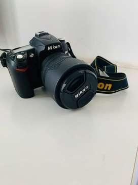 Nikon D90 12.3MP Digital SLR Camera (Black) with AF-S 18-105mm VR Lens