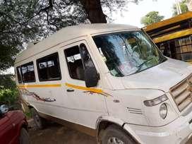 School bus tampu traveller