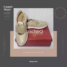Sepatu Fladeo Gold