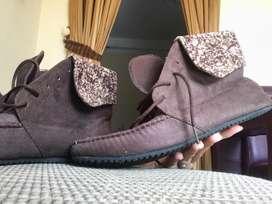 Sepatu boots coklat (jual cepat)