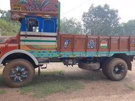 6 wheeler truk