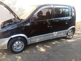 Dijual hyundai atoz tahun 2003 warna hitam