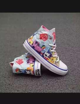 Sepatu anak perempuan motif little pony