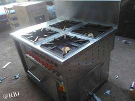4 Burner Continental Range with oven