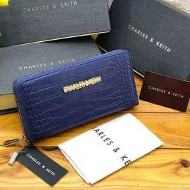 Dompet CK bahan tidak mudah mengelupas
