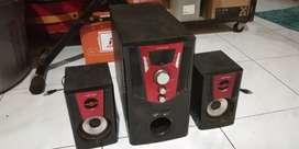 Multimedia Speaker (bluetooth USB fmRadio Aux)