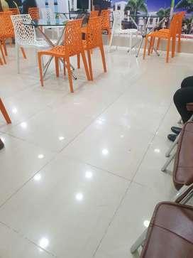 Indoor sales consultant