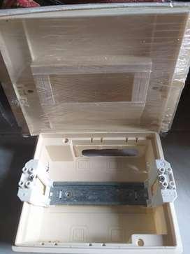 Box MCB 8 gruop schineider