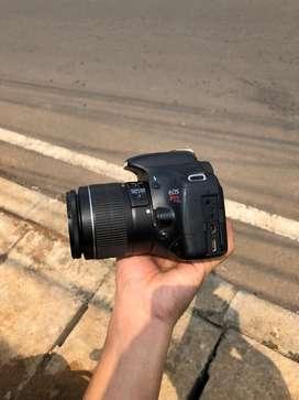 Canon eos 550D murah jual cepet