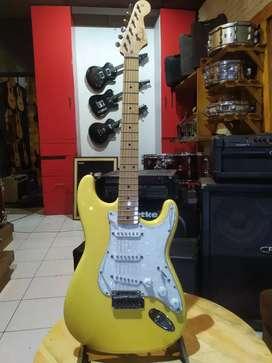 Electric Gitar Fender Stratocaster HQ Pacifica Squier Gitar Listrik