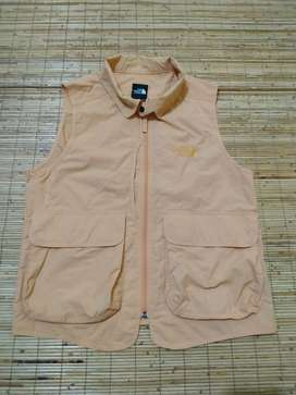 rompi the north face size M