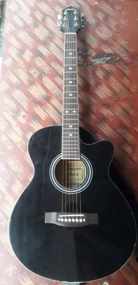 Guitar black clr