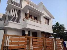 3 bhk ,1300 sqft new build house at varapuzha near neerikkod