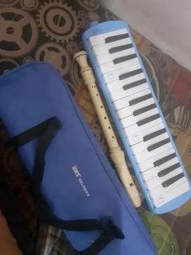 Pianika dan Seruling Yamaha original