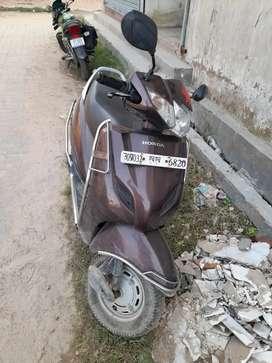 M selling my gud condition 2016 model  honda activa