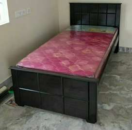 Single bed cot with mattress