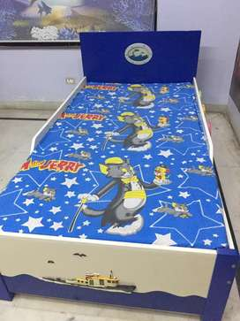 Kid Designer Dolphin Twin Bed