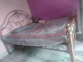 Iron rode  bed