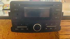 Renault OEM Stereo in working condition