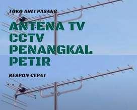Teknisi jasa pasang sinyal antena tv outdoor