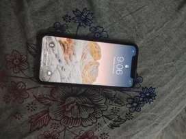 iPhone xr (64gb)