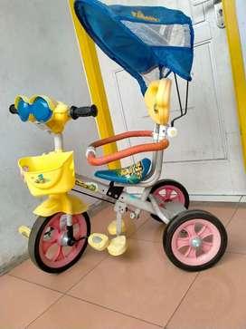 Jual sepeda roda 3 merk family