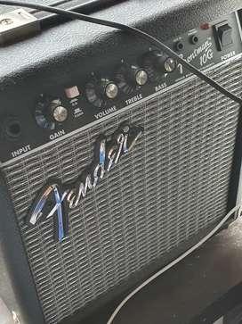 Fender Frontman 10G (Guitar Amplifier) - Almost BRAND NEW