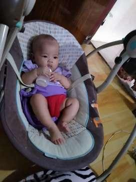 Ayunan bayi / bouncer baby