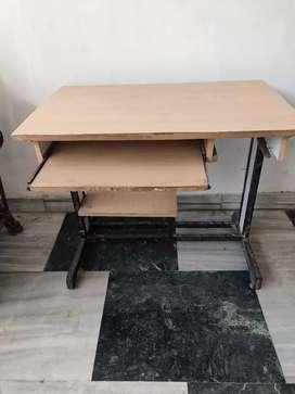 Computer table/Study table