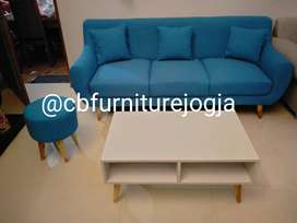 Sofa  Retrooo 3 seater + mejaa dan 1 Stool ,,