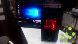 """Core i7 gaming PC cooler master with 19"""" led hd screen"""