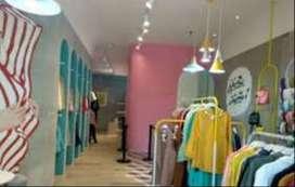 Dibutuhkan; SPG Butik Fashion (Wanita)