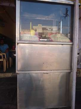 Chainees stall and use also juice stall