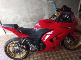 Kawasaki ninja 250R tahun 2011