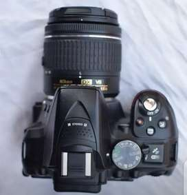 Nikon d5300 for sale with kit lens box also available