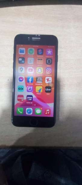 Iphone 7 128gb black colur good condition sale or exchange